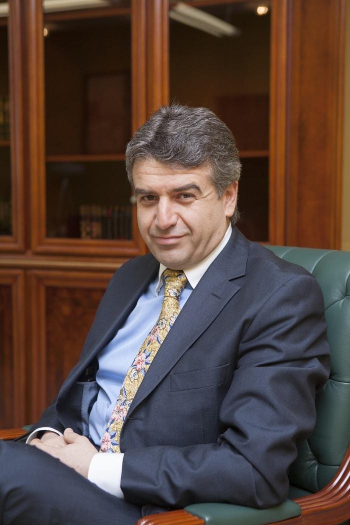 Карен Карпетян - премьер-министр Армении