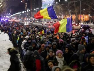 im578x383-Romania-protest-01