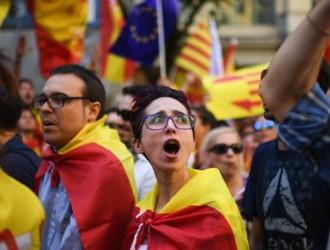 23ec730-171008140827-11-spain-catalonia-unity-protest-exlarge-169